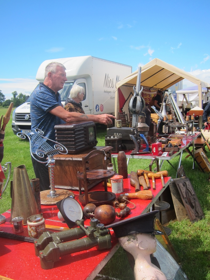 Antiques News & Fairs - Arthur Swallow Loseley Park Decorative Home & Salvage Show - 17-19 July 2020