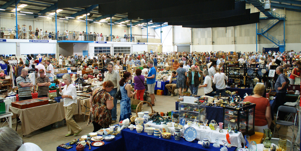Antiques News - The Giant Shepton Flea Market - 5th January 2020
