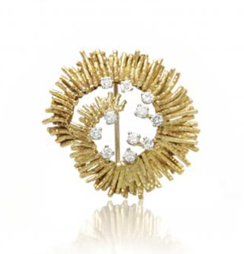 Henry Nicholls & Son Antiques: An 18 carat gold abstract brooch, set with diamonds, c1970.