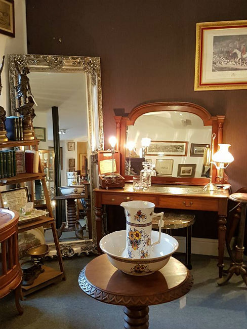 Antiques News & Fairs - The Antiques Store Grantham to Open Its Doors