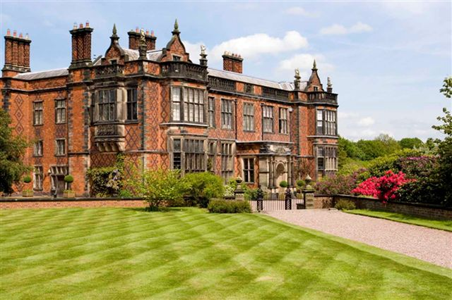 Arley Hall Antiques Fair